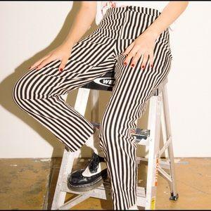 😍 RARE Brandy Melville Tilden pants in gold black